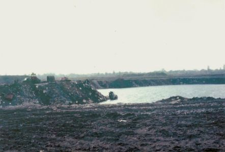 Ham Lands infilling the gravel pits1962