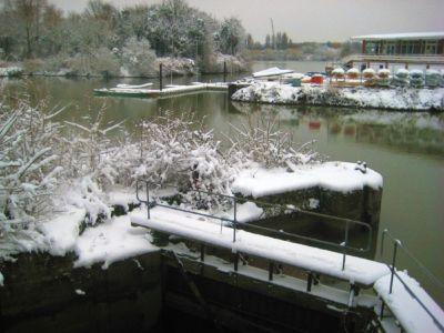 Ham Lock Thames Young Marriners Feb 2009