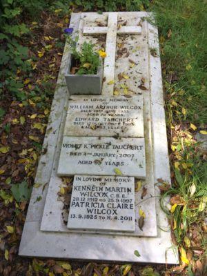 Wilcox & Tauchert family grave - St Andrew's Graveyard, Church Rd